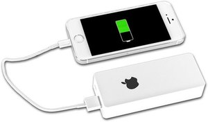 Фото: Power Bank Apple 6000 mah