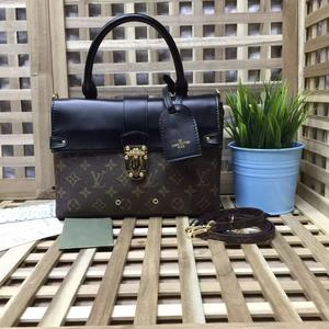 Сумка Louis Vuitton 26х19 см